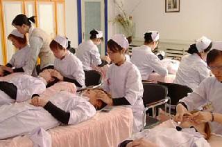 成都卫生学校针灸专业春招招生