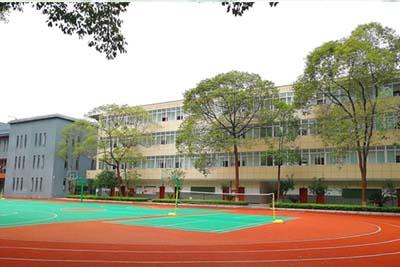 四川省人民医院护士学校-优美的运动场