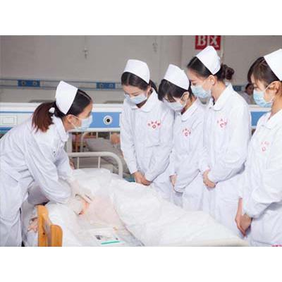成都中医药大学附属医院针灸学校(护理专业)招生分数线