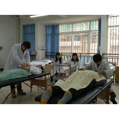 四川育英医科技校(康复技术专业)招生计划