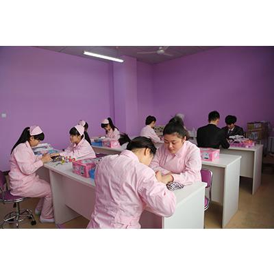 郫县希望职业技术学校(医学美容专业)招生计划