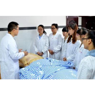 2019四川护理职业学院招生-助产专业